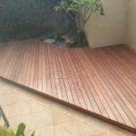 Bahçe zemini deck tahtası döşeme